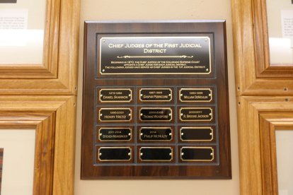 Plaque displaying the names of the chief judges