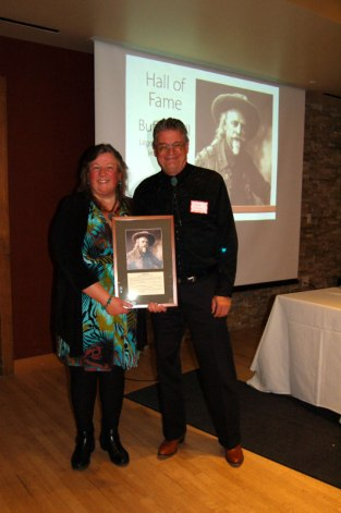 Betsy Martinson, Buffalo Bill Museum, with Steve Friesen, director emeritus of the museum, representing 2017 Hall of Fame recipient, Buffalo Bill Cody.